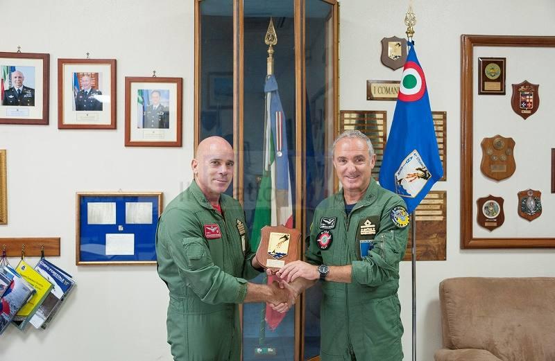 L'Ispettore dell'Aviazione per la Marina in visita al 41° Stormo Antisom