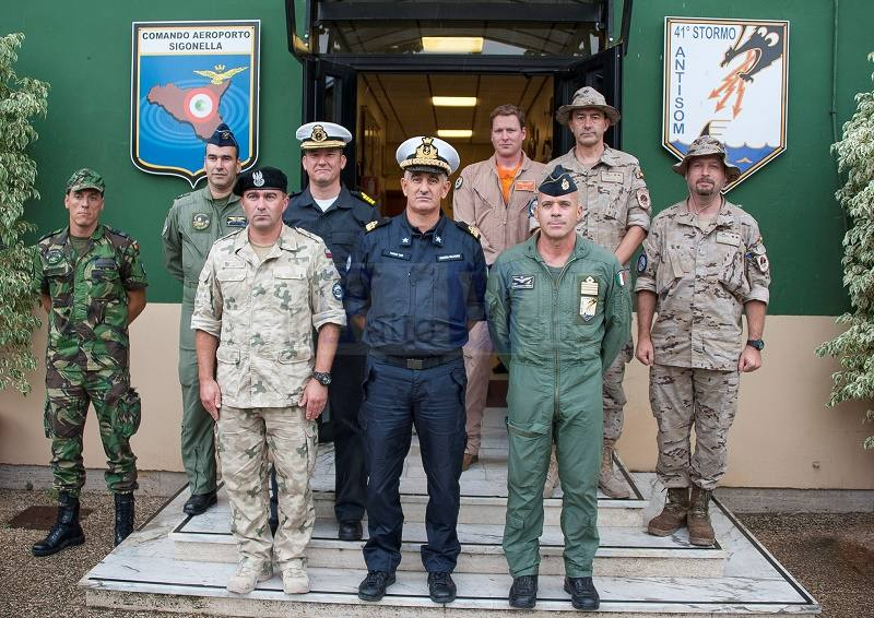 Operazione EUNAVFORMED SOPHIA. Visita del Force Commander a Sigonella