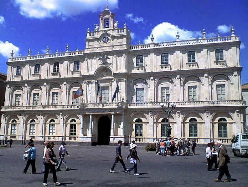 Domani sospese le lezioni all'Università di Catania per l'allerta meteo rosso