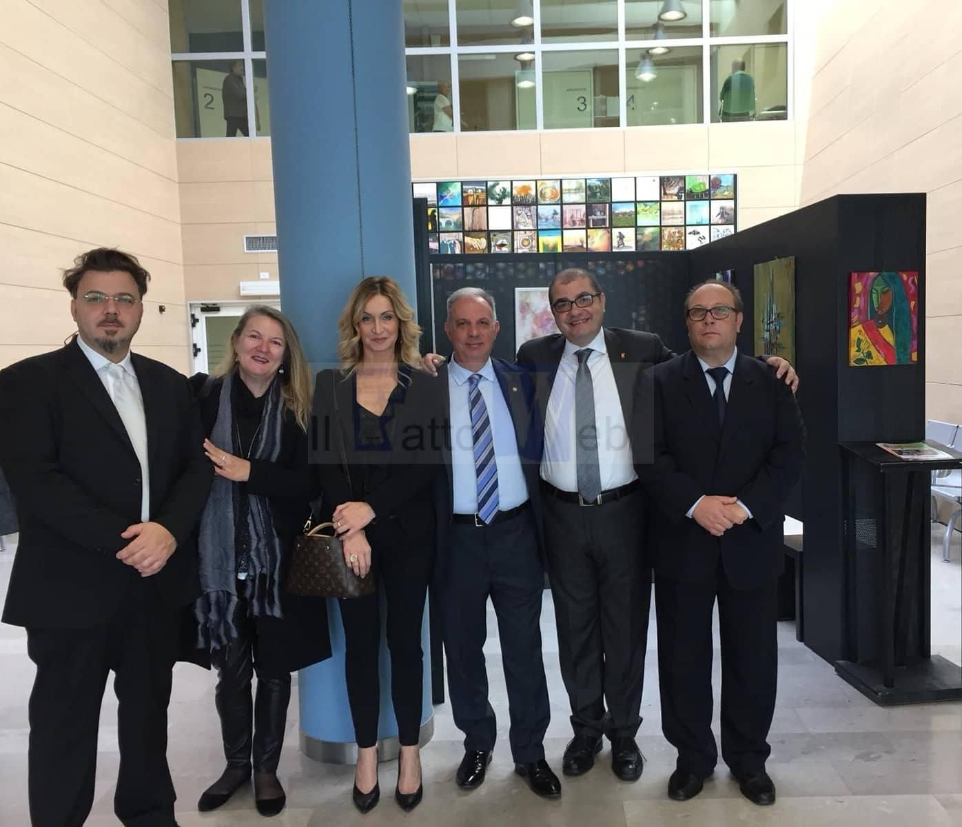 Coloriamo la sofferenza: trenta artisti donano le loro opere al Cro di Aviano