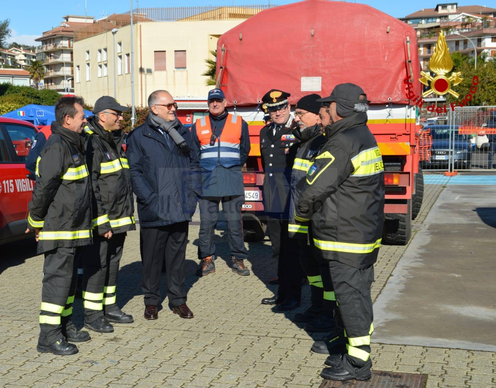 Le istituzioni visitano il Campo Base di Acireale dei Vigili del fuoco