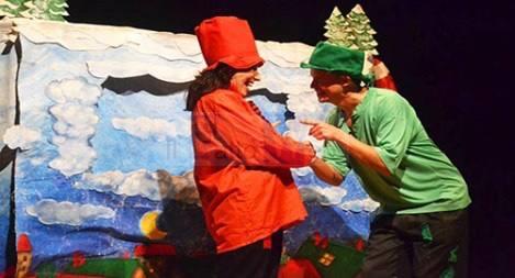 "Al Must va in scena ""L'avventura strana di Babbo Natale e la Befana"""