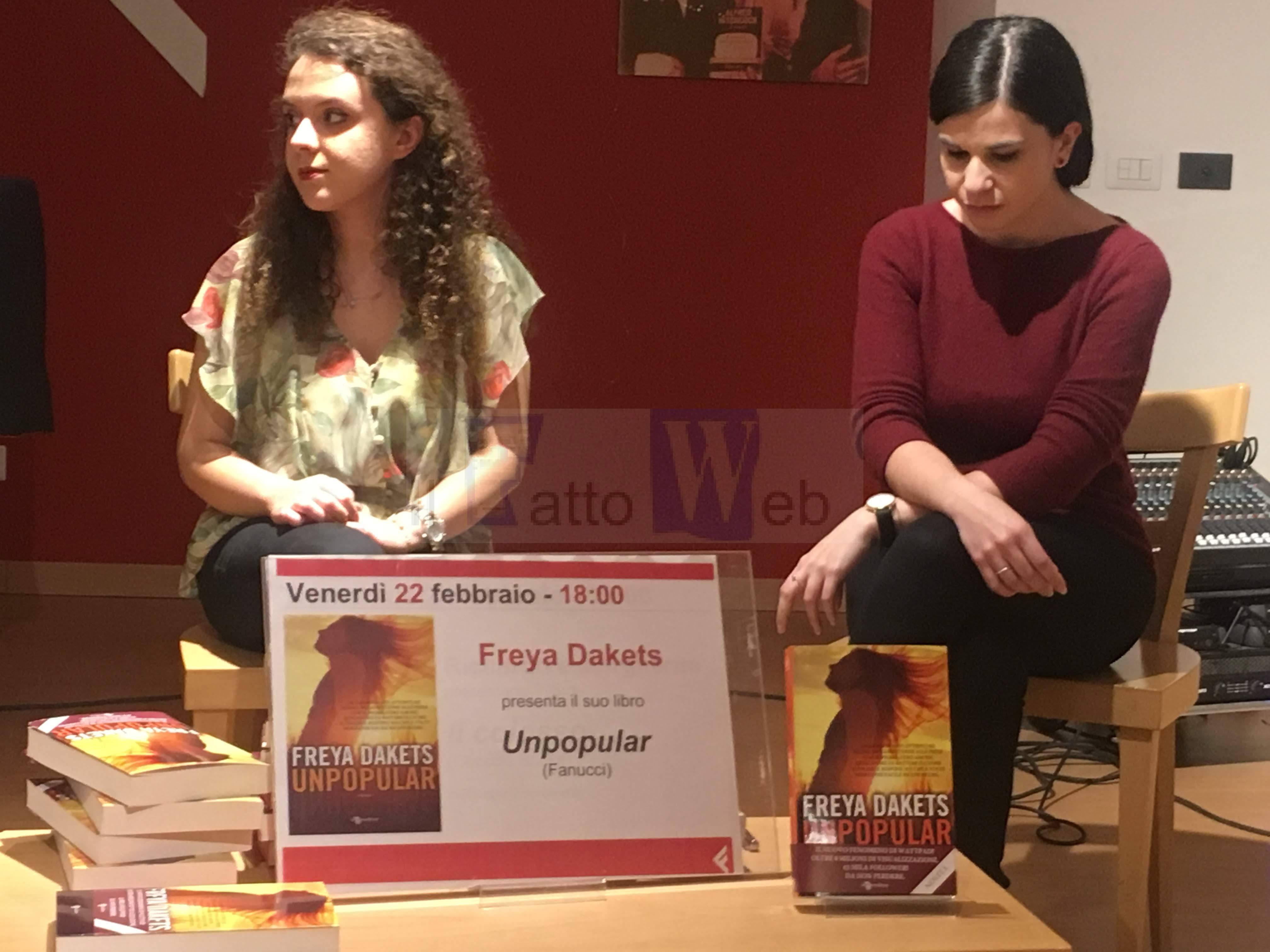 """""""Unpopular"""" il libro di Freya Dakets che sta spopolando tra i giovani"""