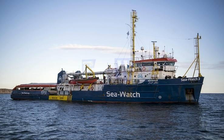 """Ancora accertamenti delle autorità olandesi sulla """"Sea Watch 3"""" che rimane al porto di Catania"""