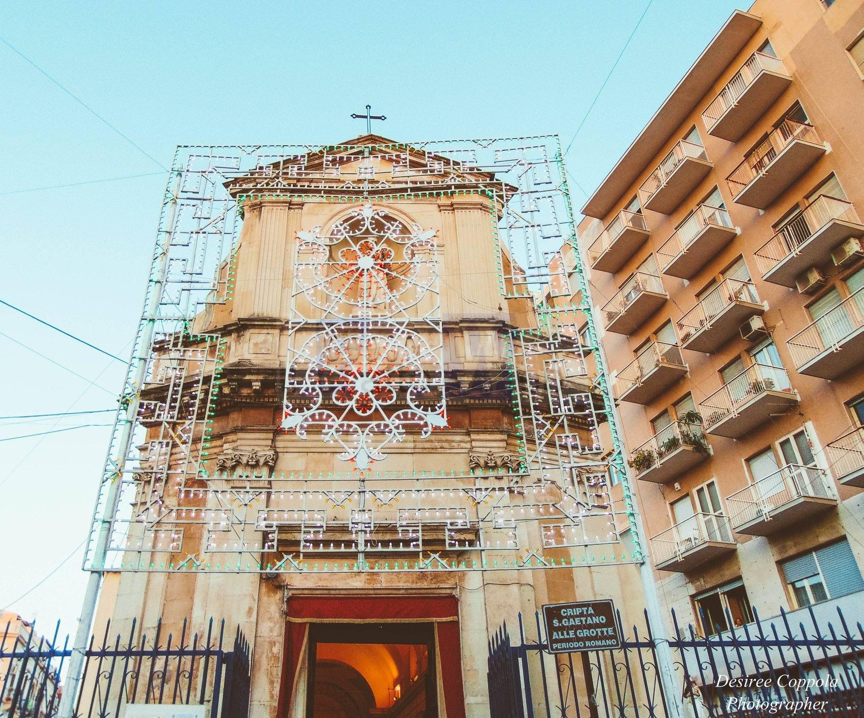 I volontari della chiesa di San Gaetano alle Grotte organizzano raccolta fondi per i più bisognosi