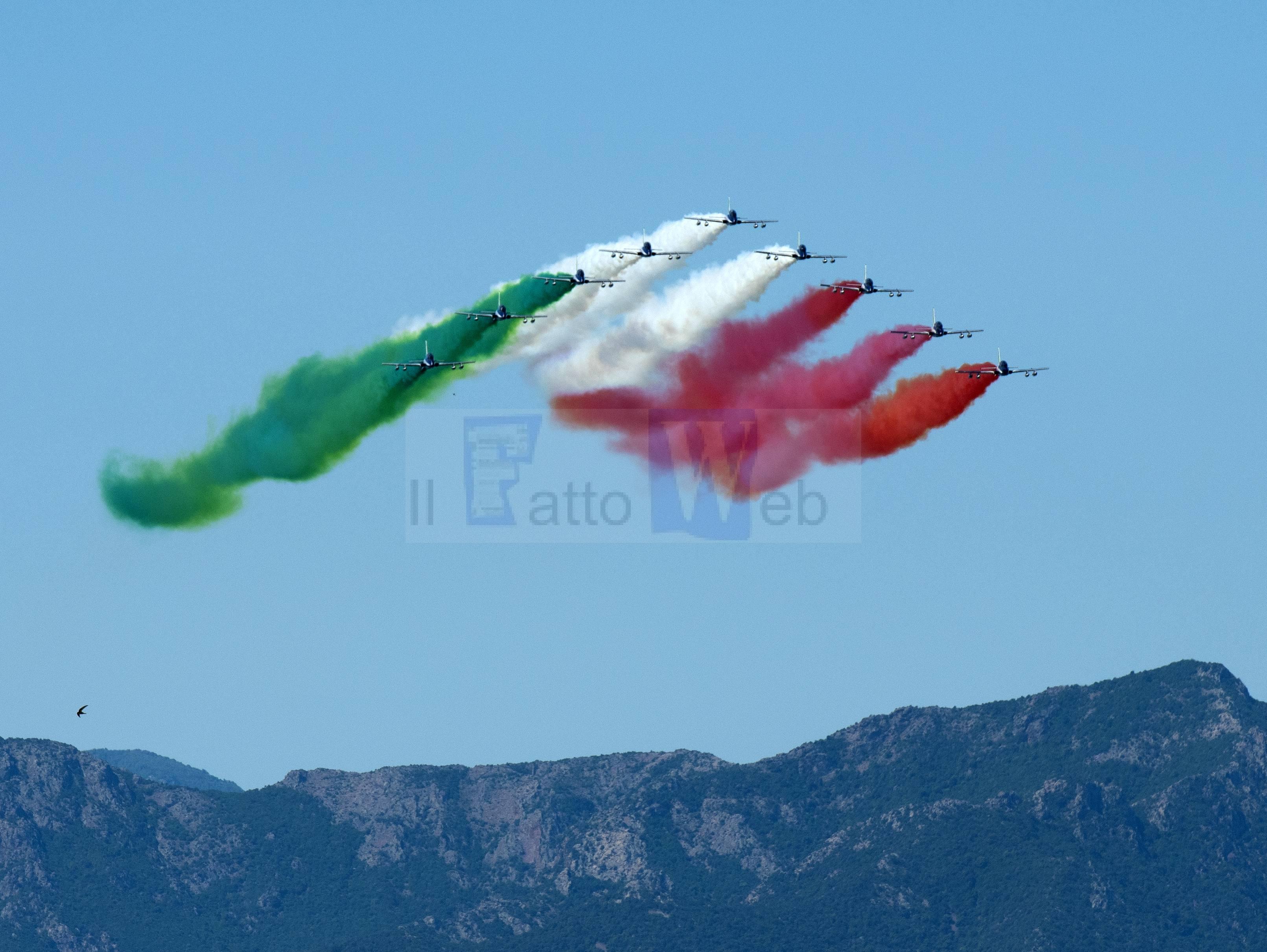 2 GIUGNO:  CONTINUA IL GIRO D'ITALIA DELLE FRECCE TRICOLORI