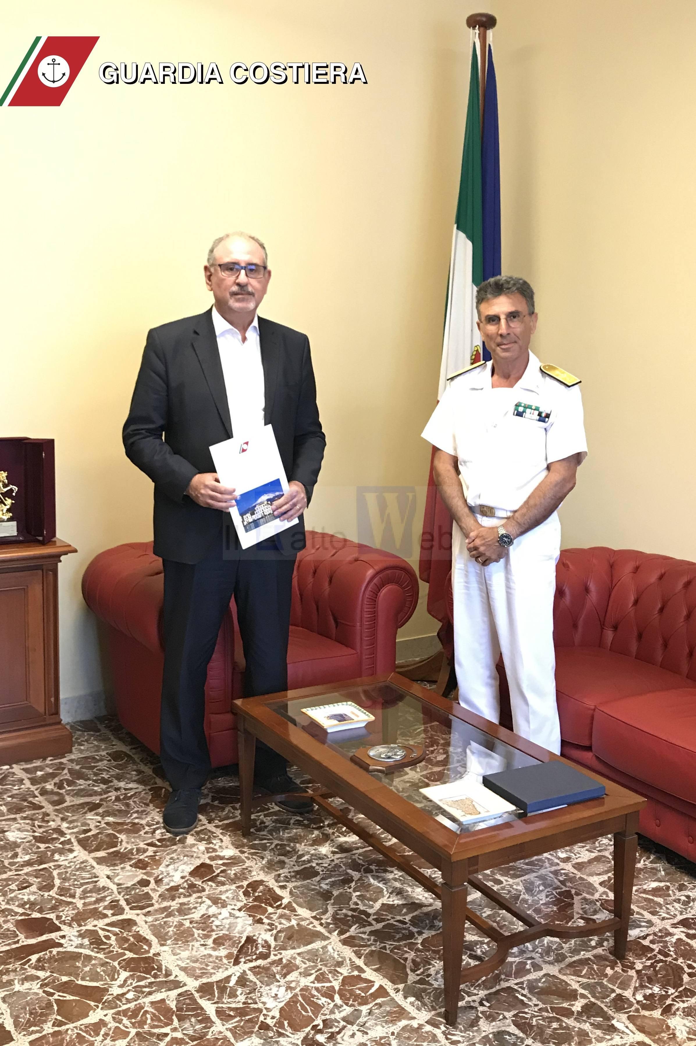 """Siglata intesa programmatica tra la Guardia Costiera di Catania e l'Area Marina Protetta """"Isole Ciclopi"""""""