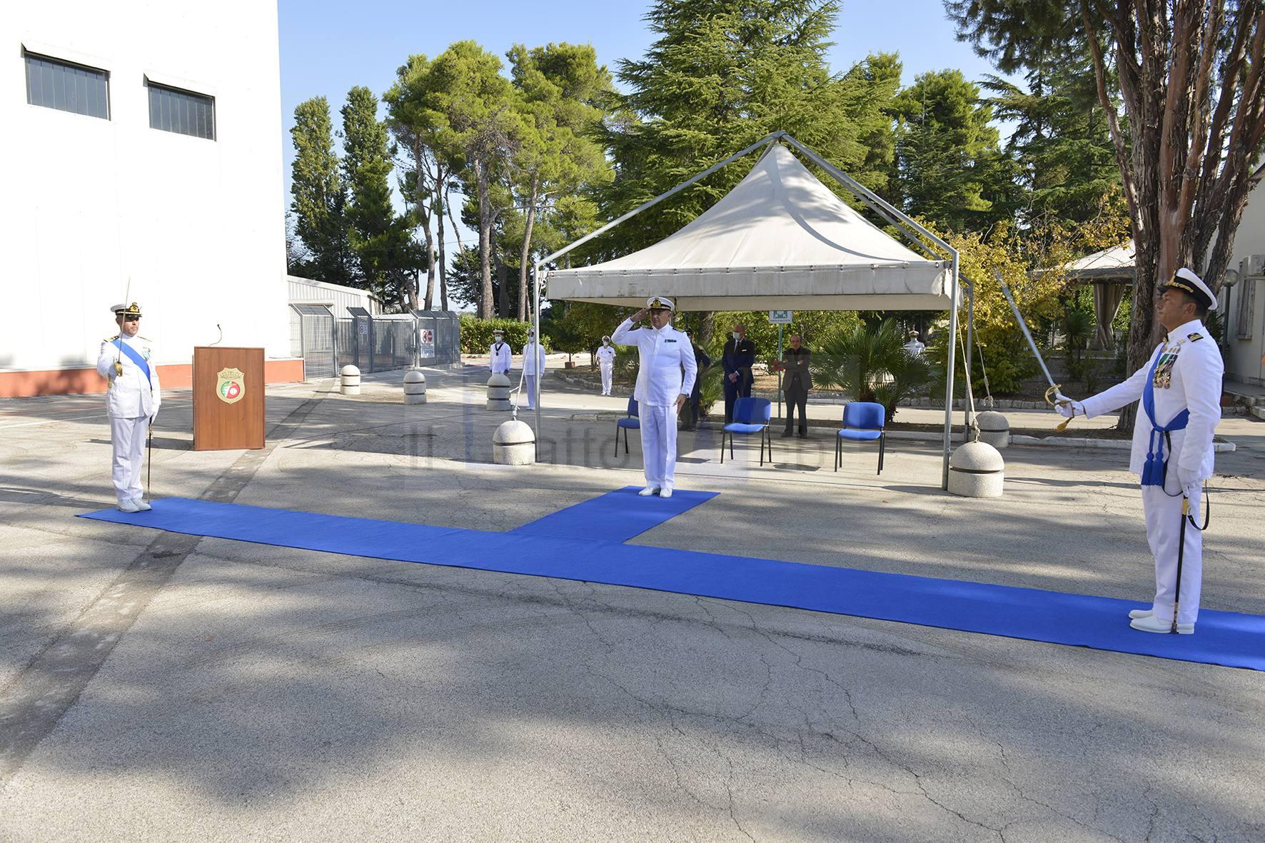 PESCARA, Cerimonia del passaggio di consegne del Comando Base Aeromobili della Guardia Costiera