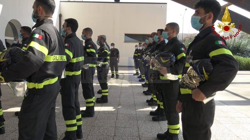 Catania, ieri la cerimonia di benedizione degli elmi dei 41 Allievi dei Vigili del Fuoco