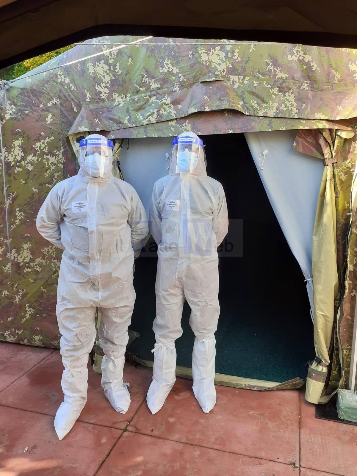 """Personale sanitario dell'Aeronautica Militare di Sigonella impegnato nell'operazione """"Igea"""" a servizio della Comunità"""