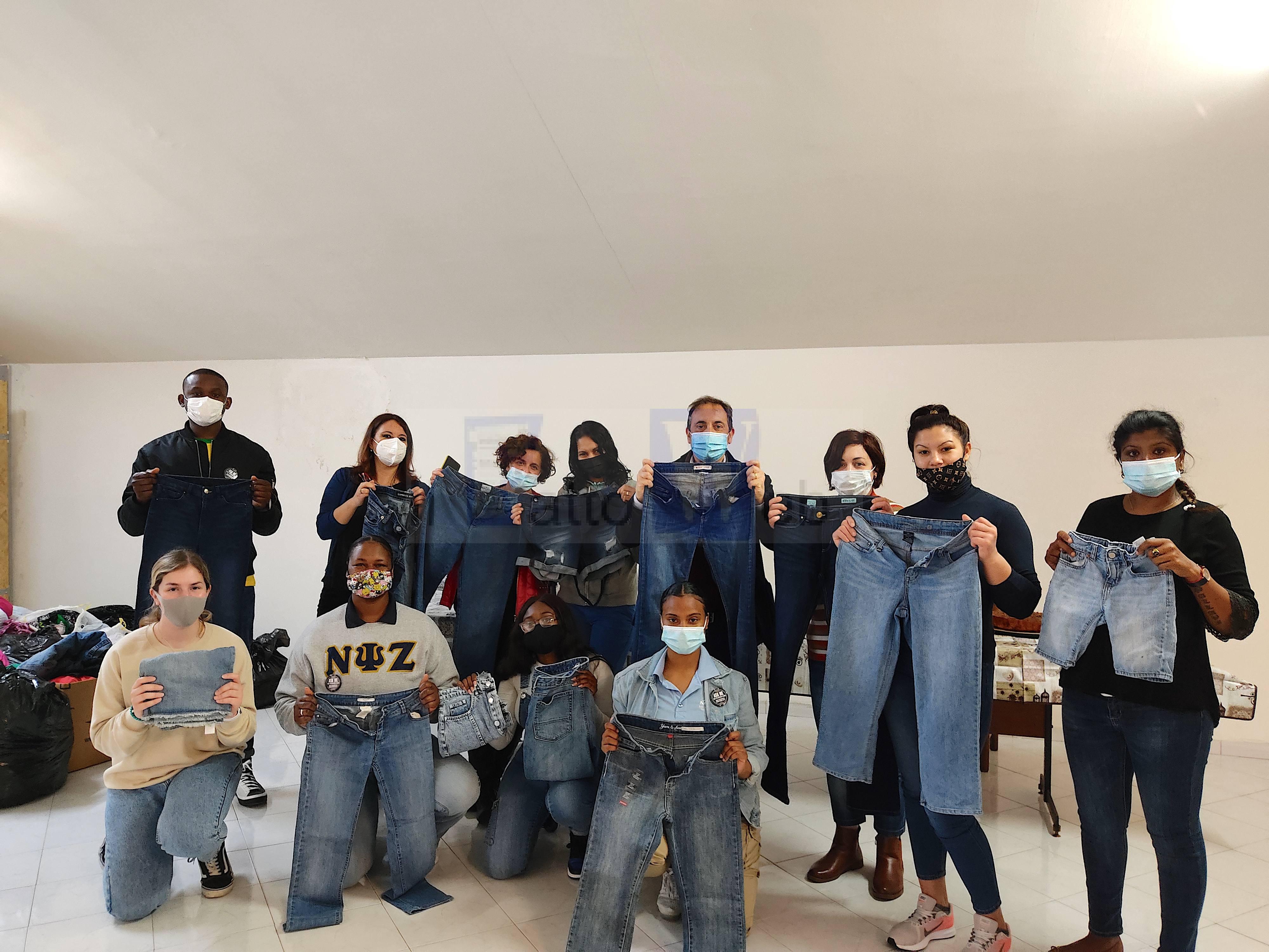 Denim Day contro la violenza sessuale: la NAS americana dona jeans ad una casa rifugio catanese
