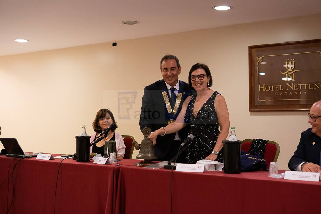 Passaggio della Campana Rotary Catania Ovest: Alberto Lunetta nuovo presidente